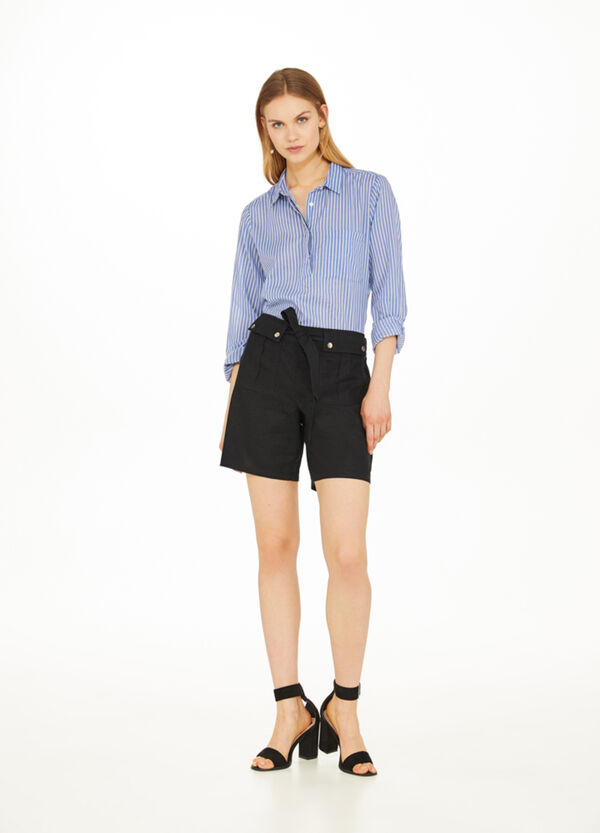 Shorts in cotton and linen with belt