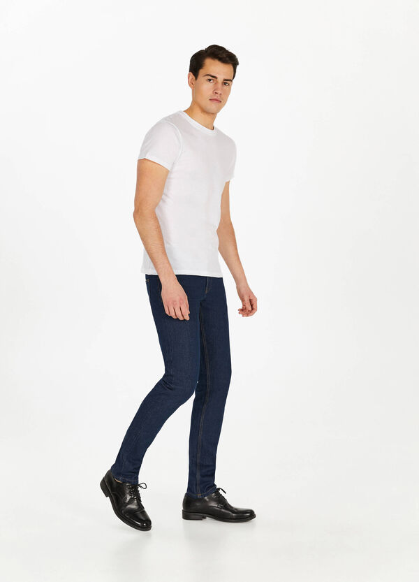 Solid colour straight-fit jeans with stitching