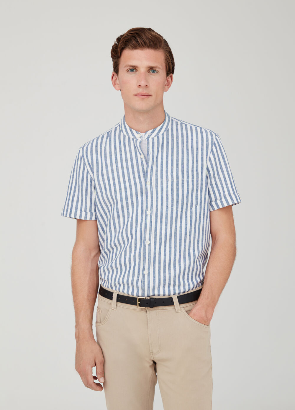 Linen and cotton shirt with short sleeves