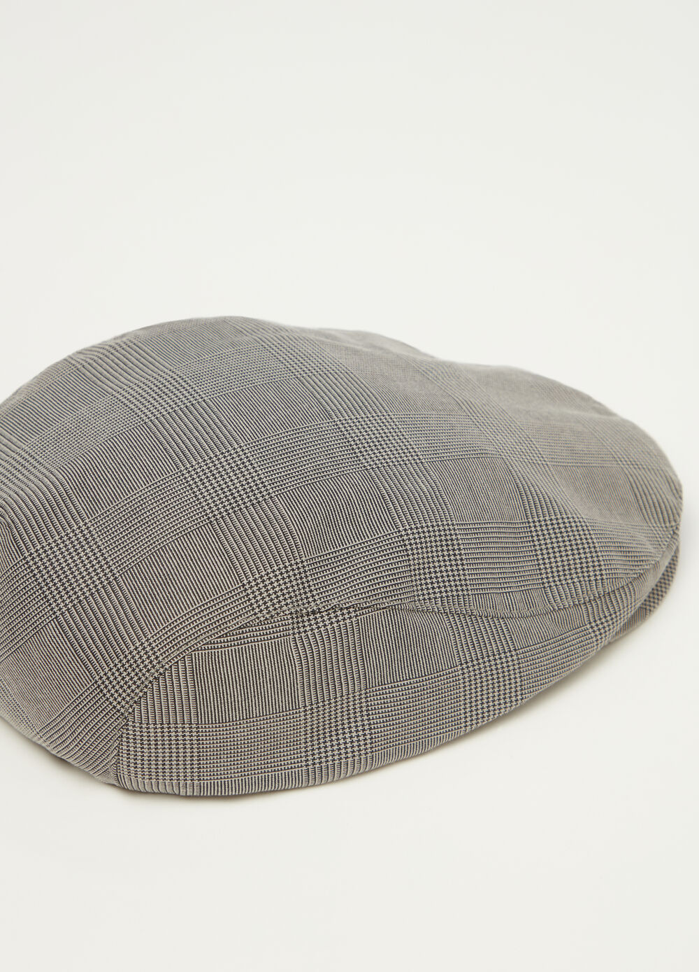 Yarn-dyed flat cap with lining