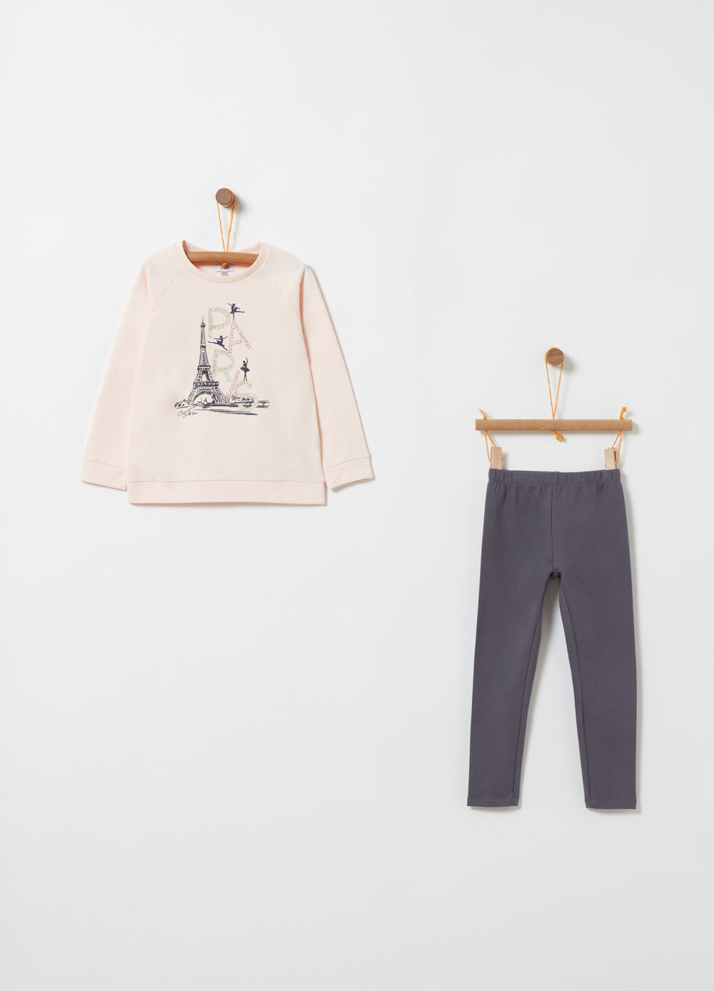Fleece jogging set with Eiffel Tower print