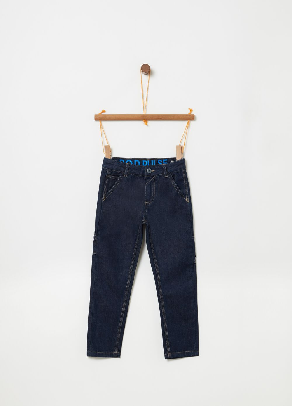 Regular-fit jeans with pockets on the sides