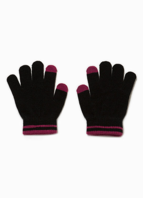 Touch-screen gloves with striped edge