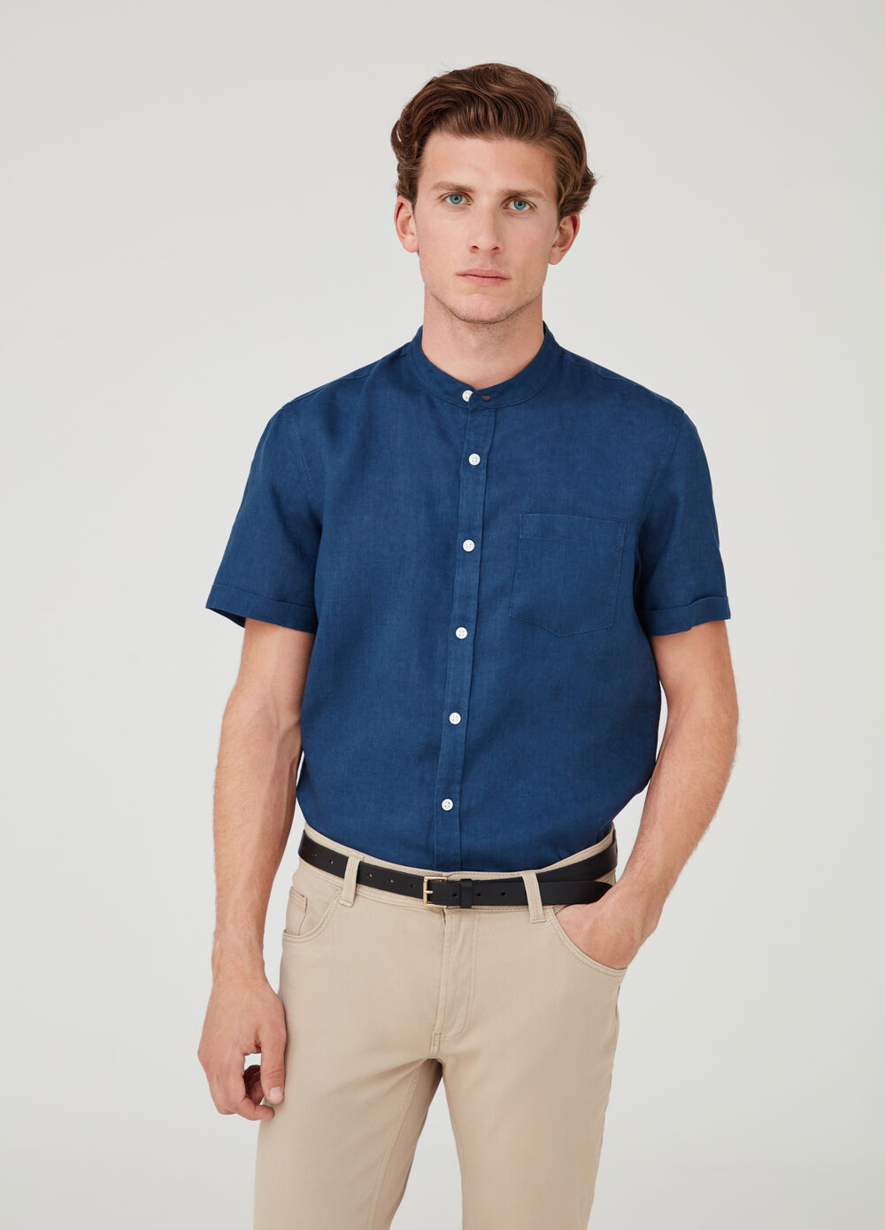 Short-sleeved shirt with Mandarin collar