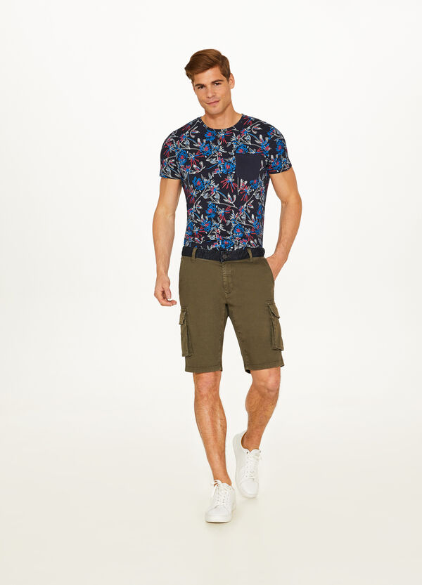 Stretch cotton Bermuda shorts with pockets