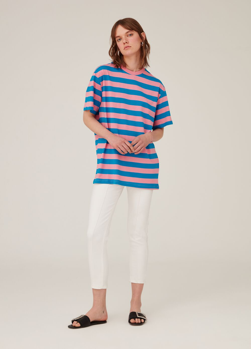 Oversized T-shirt in 100% cotton
