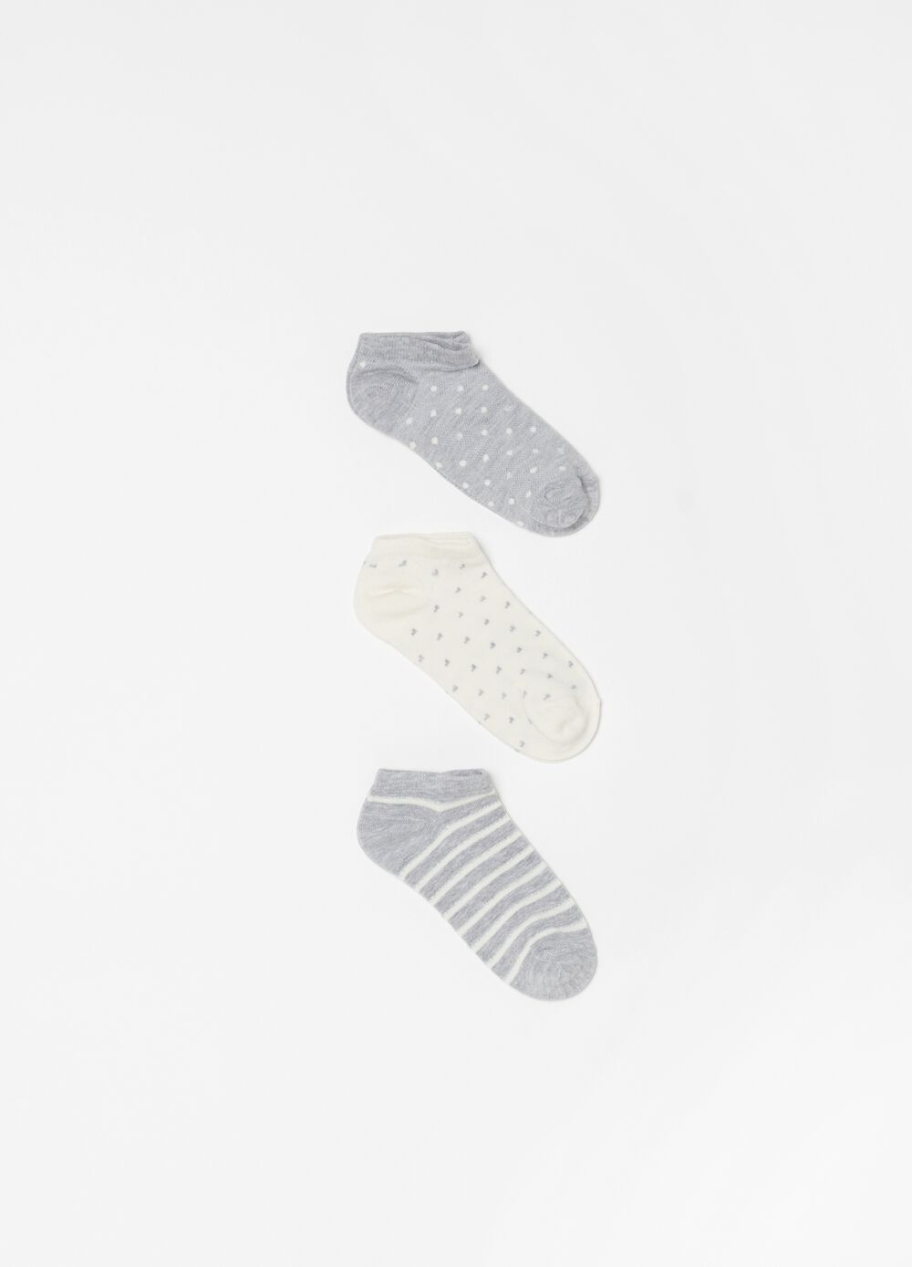Three-pack shoe liners with pattern