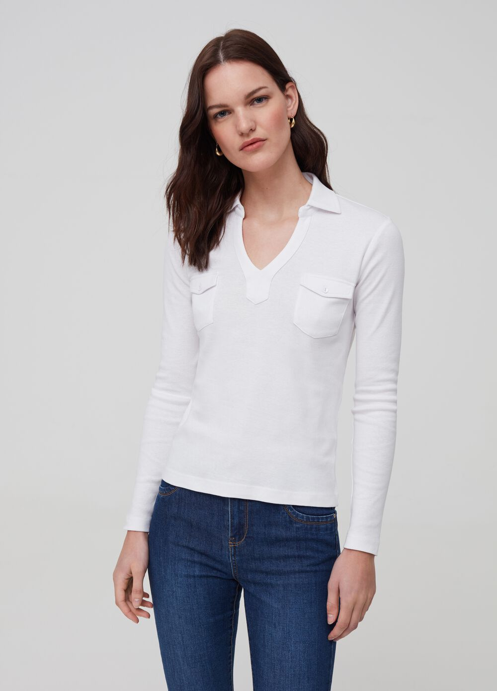 Polo shirt in 100% organic cotton with pockets