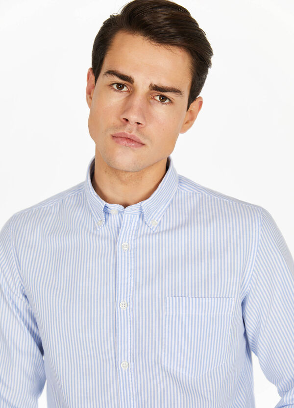 Casual striped shirt with button-down collar