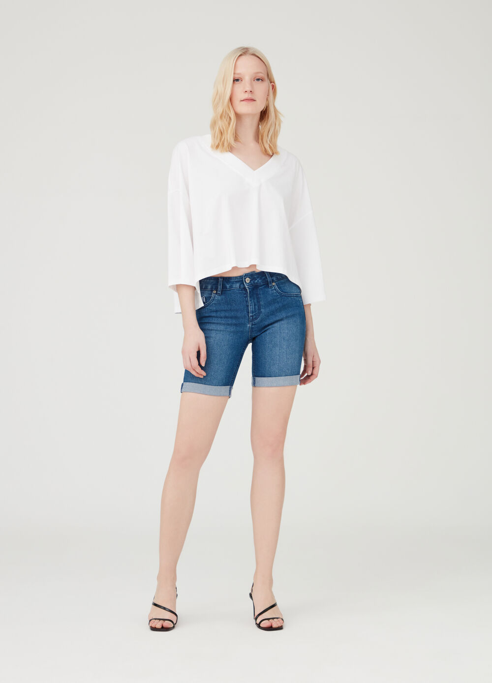 Stretch denim Bermuda shorts with five pockets