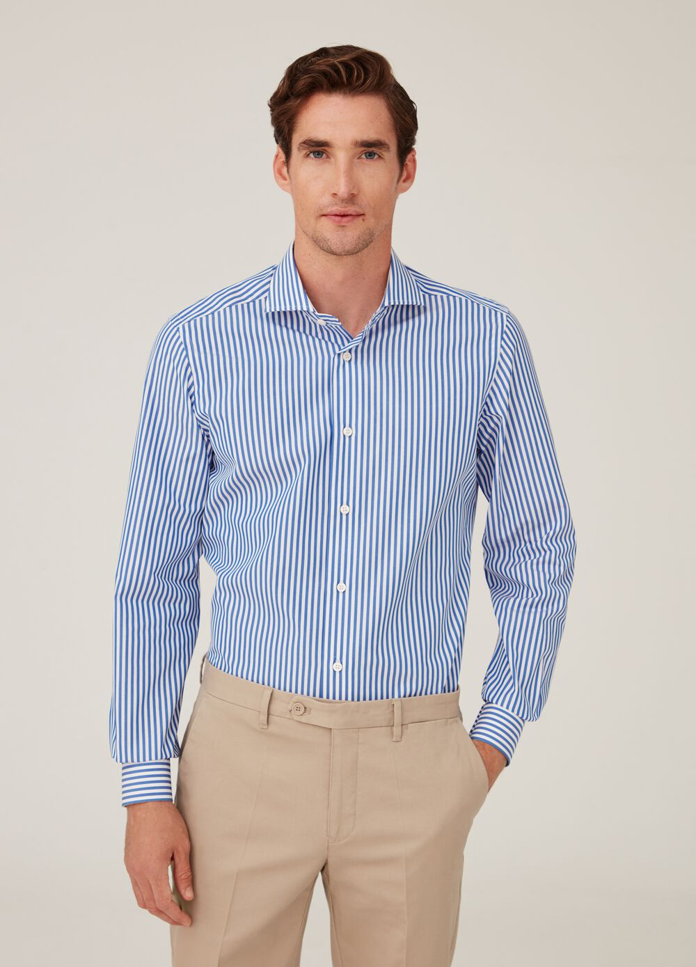 100% cotton slim-fit shirt with striped pattern