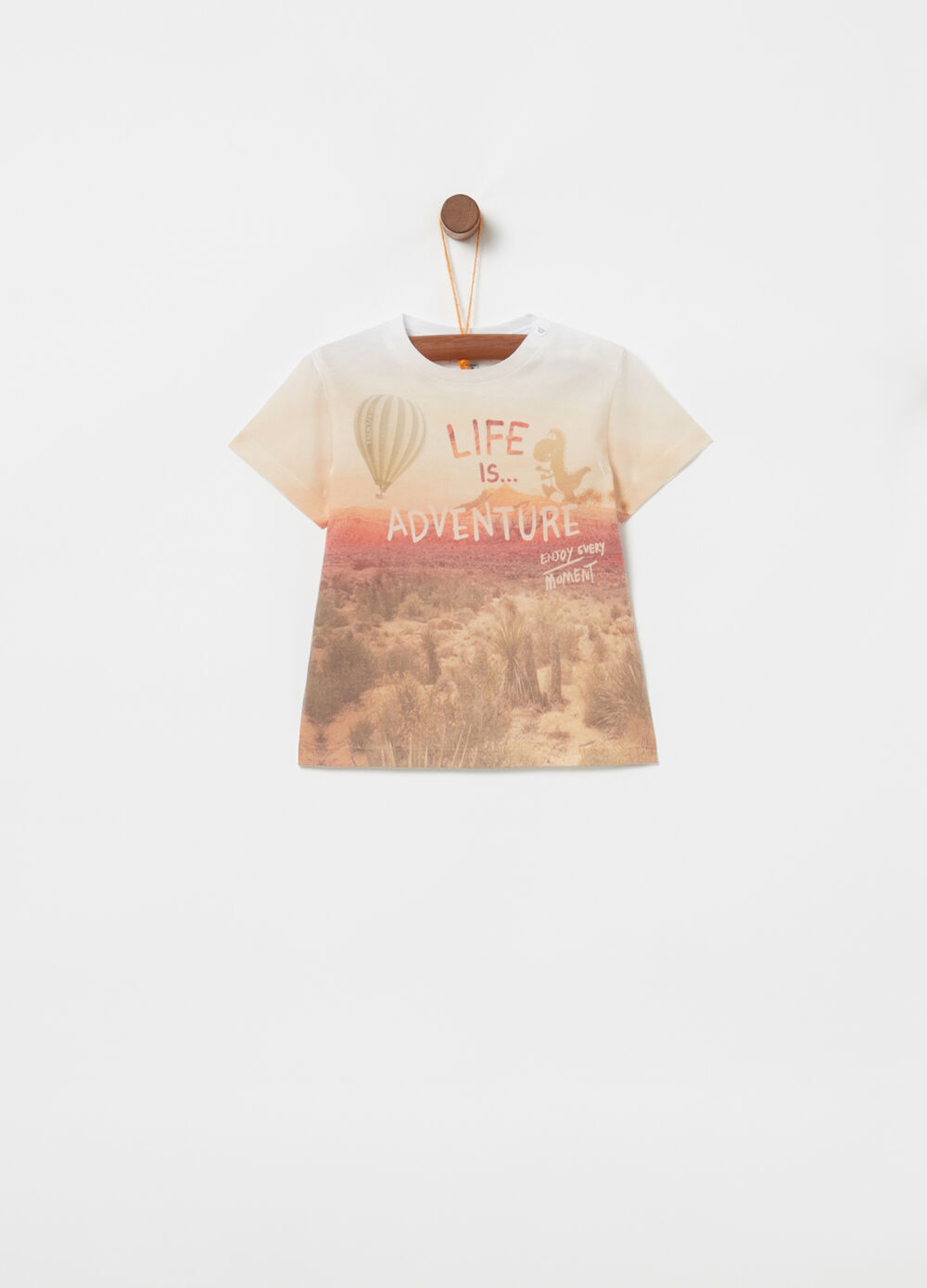 T-shirt with button and landscape pattern