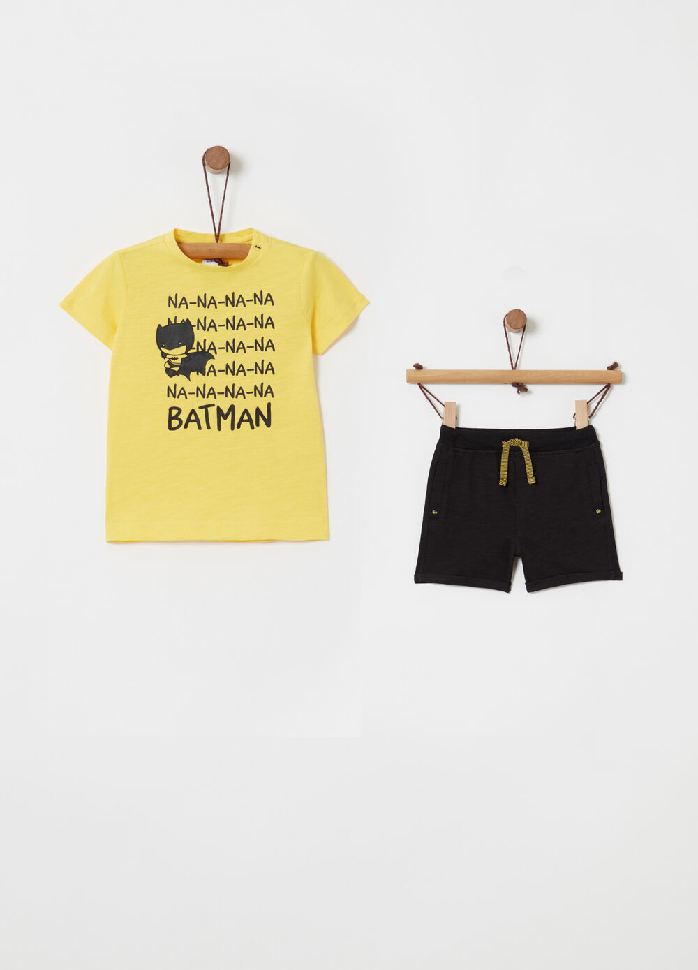 50941408b9 Batman jogging set with T-shirt and trousers