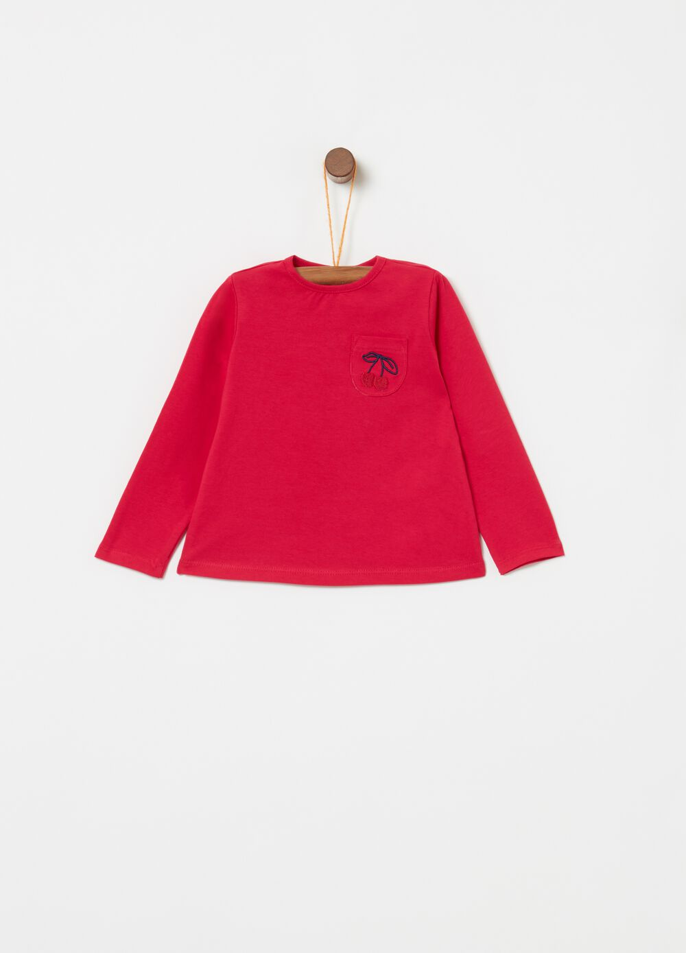 T-shirt with long sleeves, pocket and embroidery