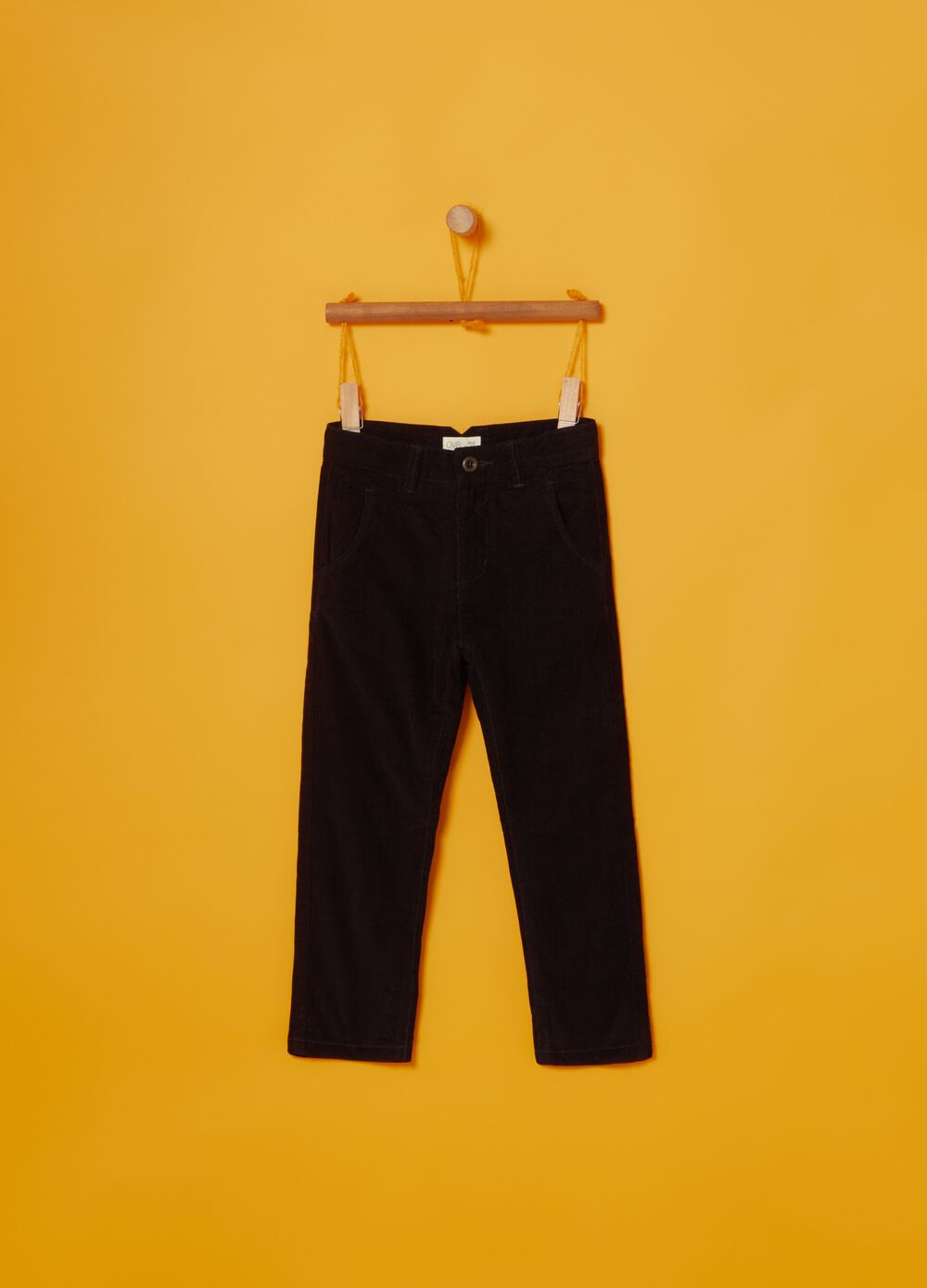Ribbed chino trousers in 100% cotton