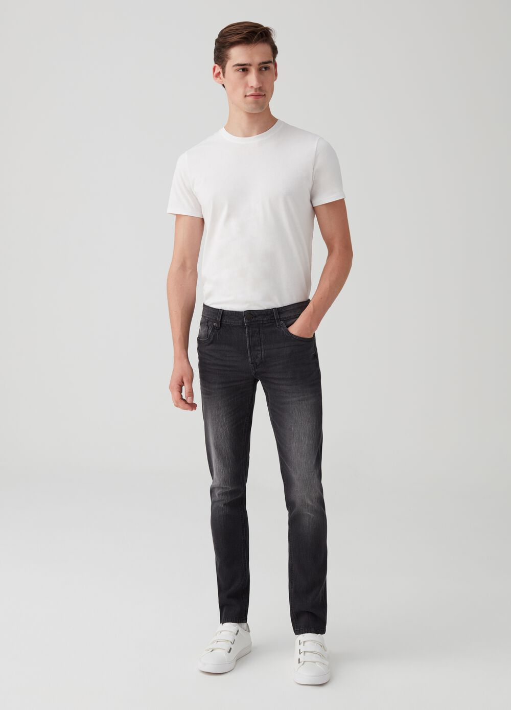 Washed-effect stretch skinny-fit jeans