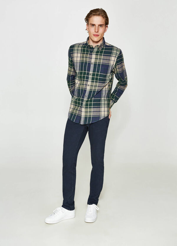 Casual shirt in tartan patterned flannel