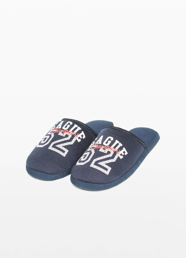 Canvas slippers with printed lettering