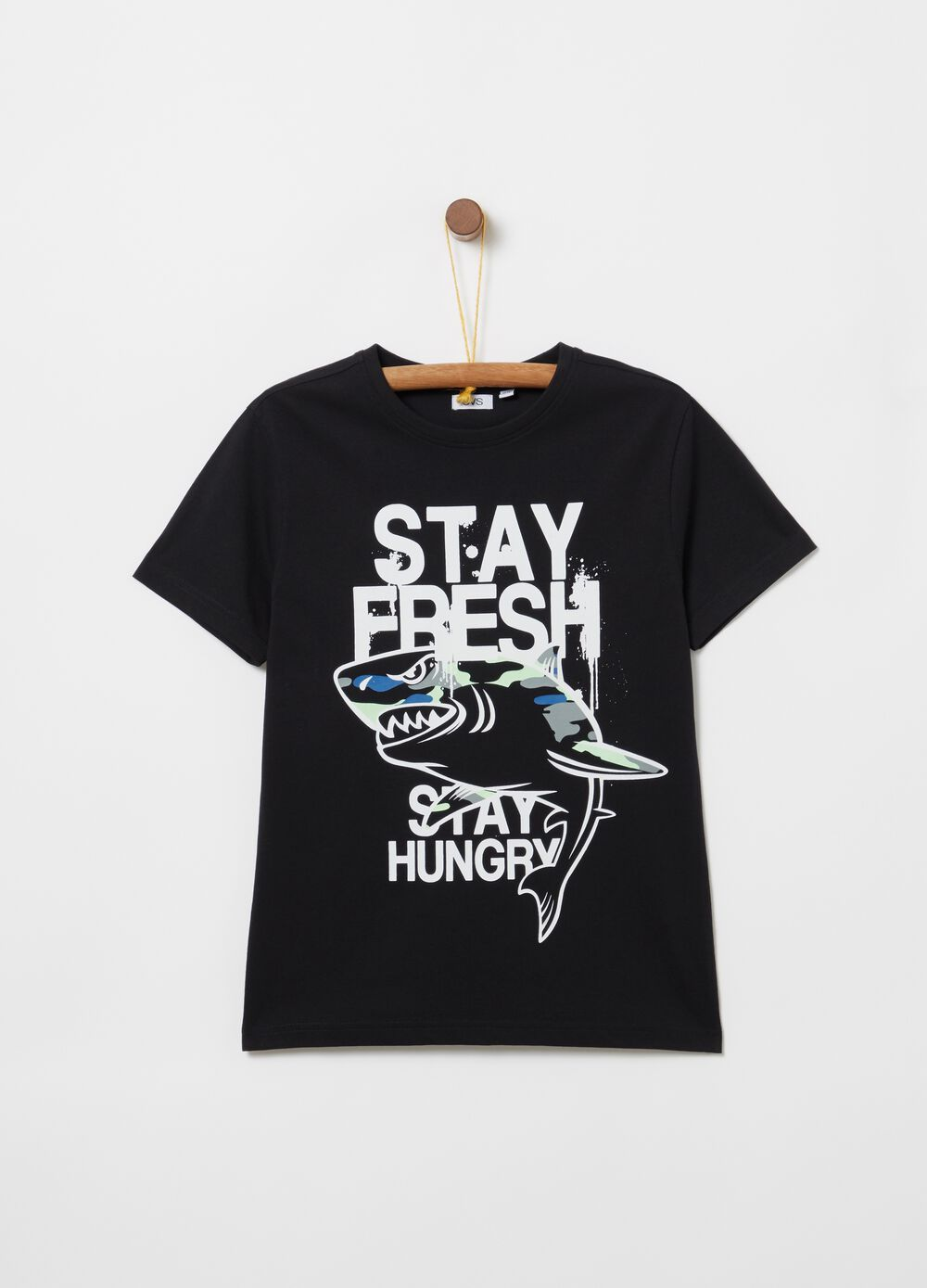 T-shirt in 100% cotton with shark print