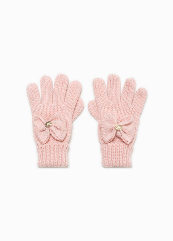 Knitted gloves with bow