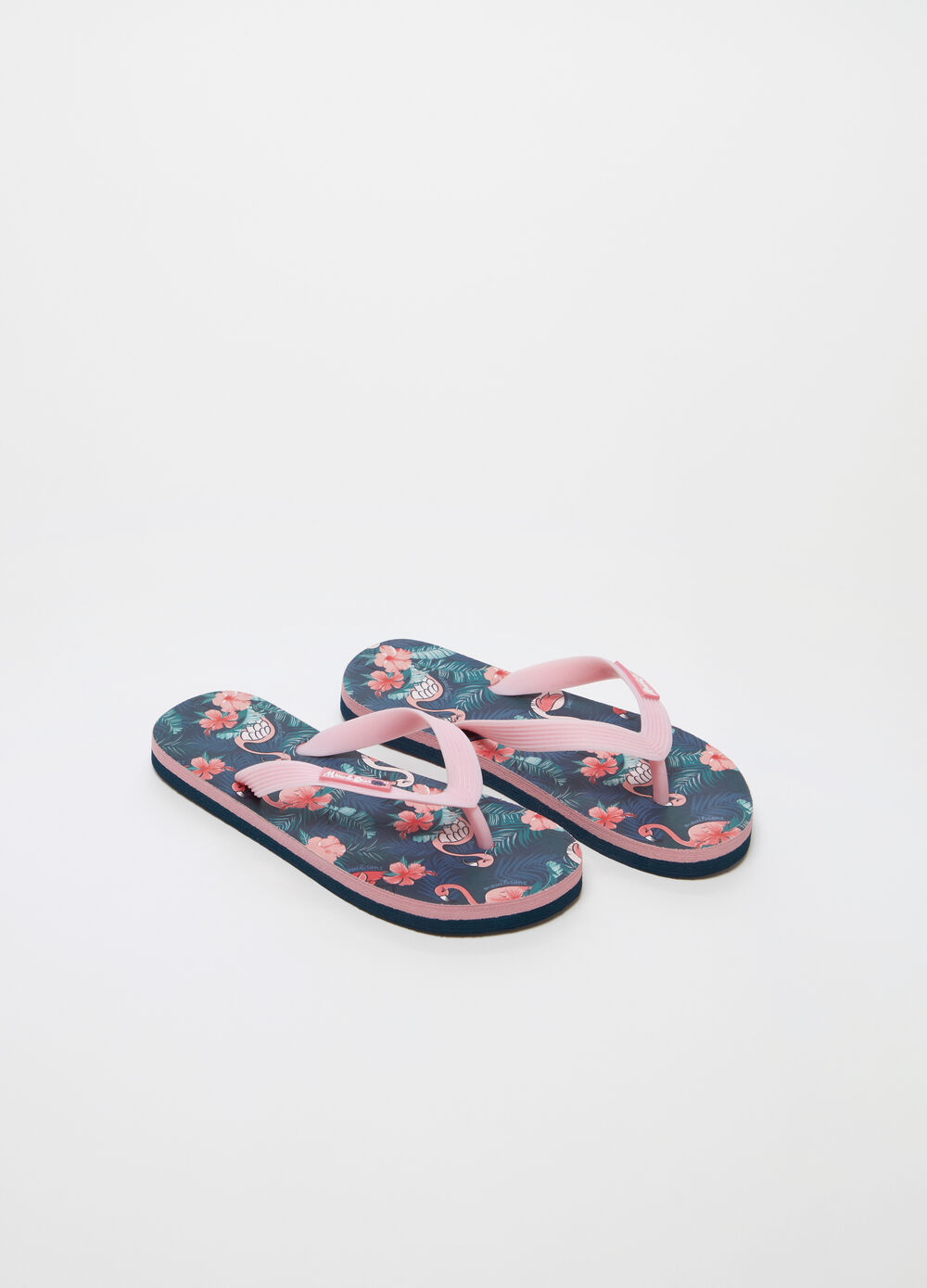 Flip flops by Maui and Sons with tropical pattern