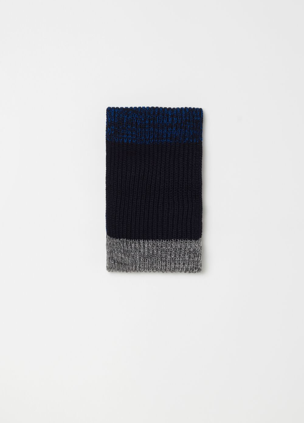 Knitted colour-block scarf