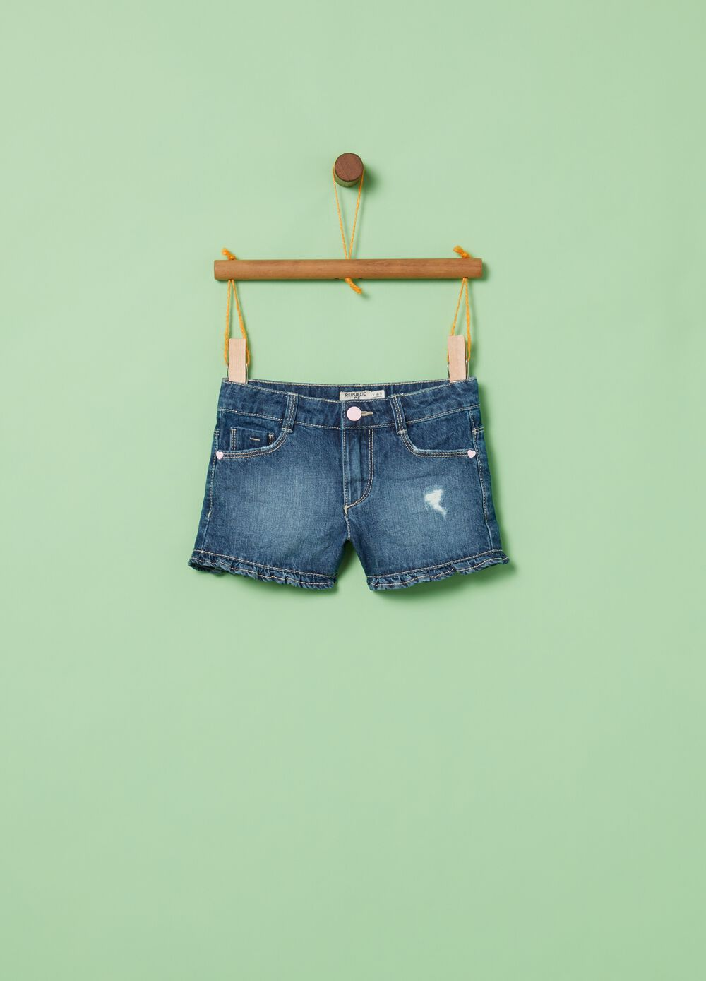 Worn-effect denim shorts with five pockets
