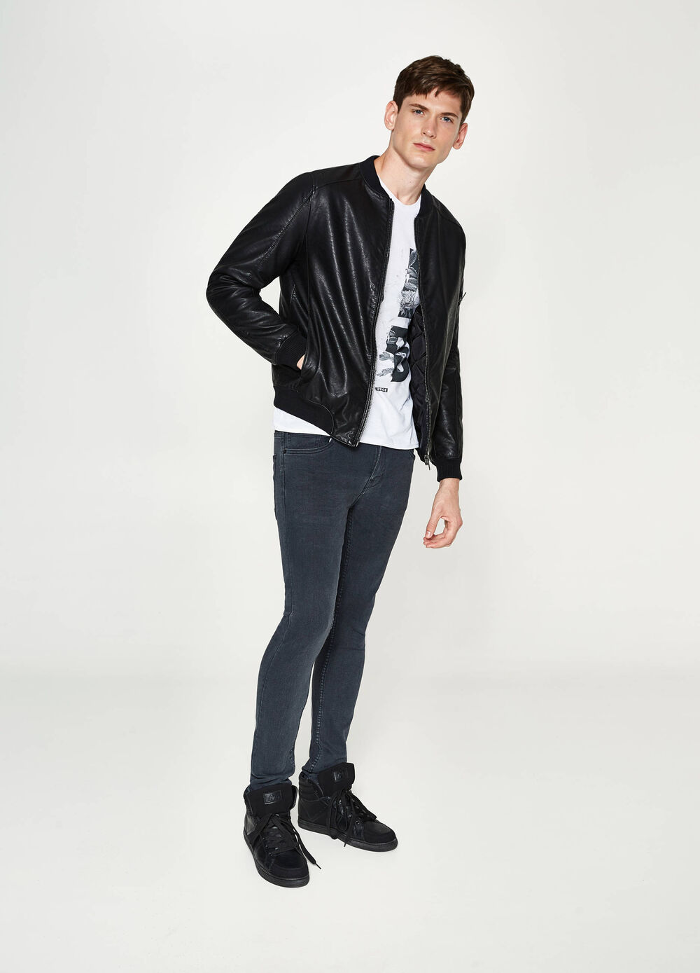 Shiny textured-effect jacket
