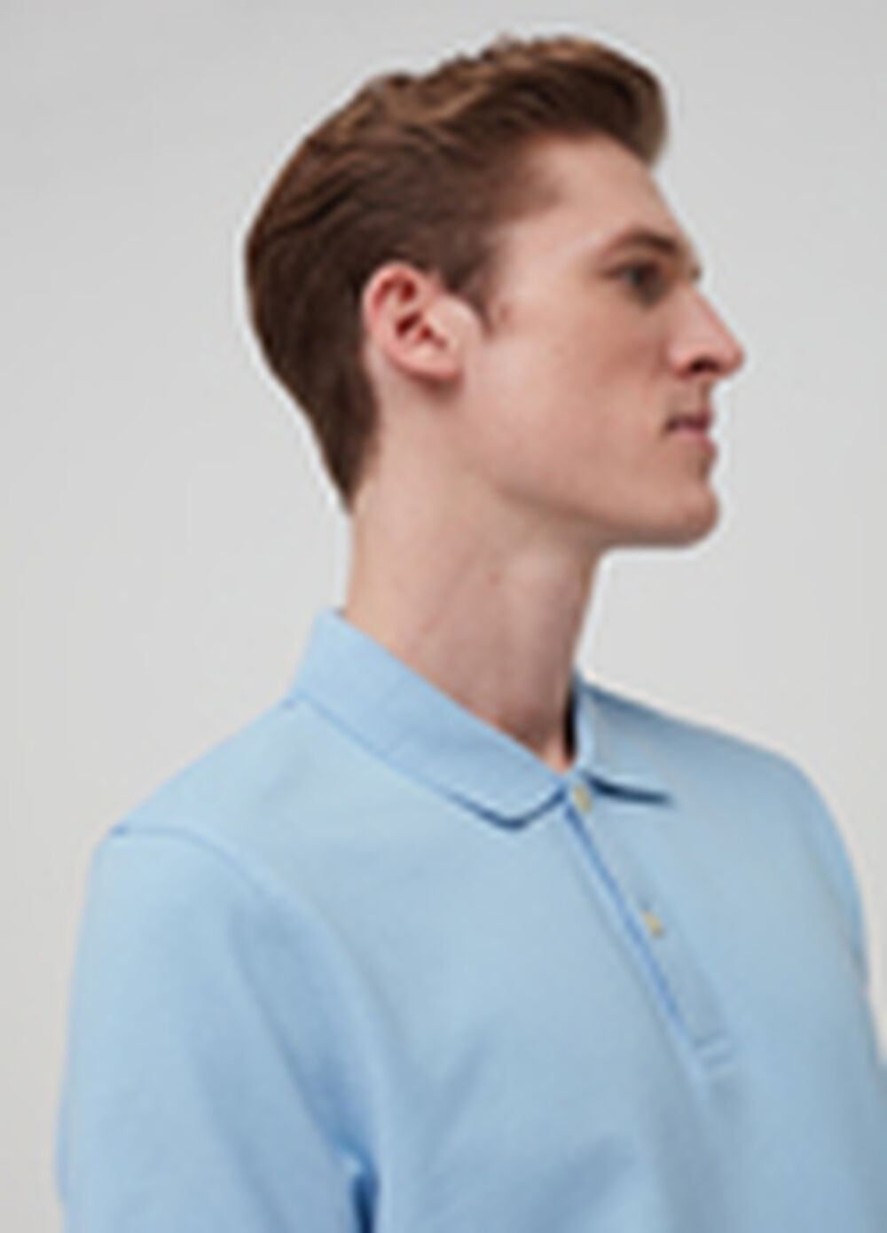 100% cotton polo shirt with cutaway collar