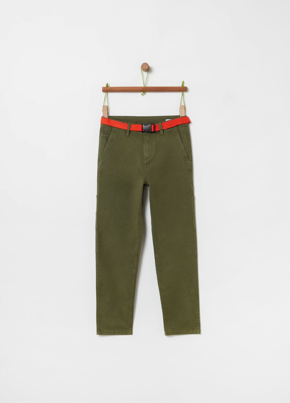 Cargo trousers with belt and pockets