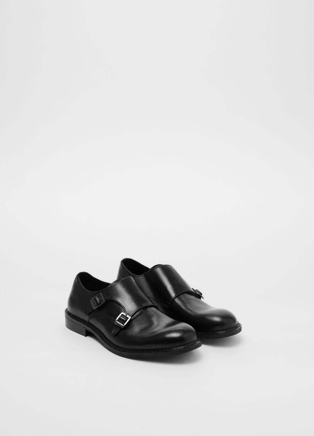 Genuine leather shoes with double buckle