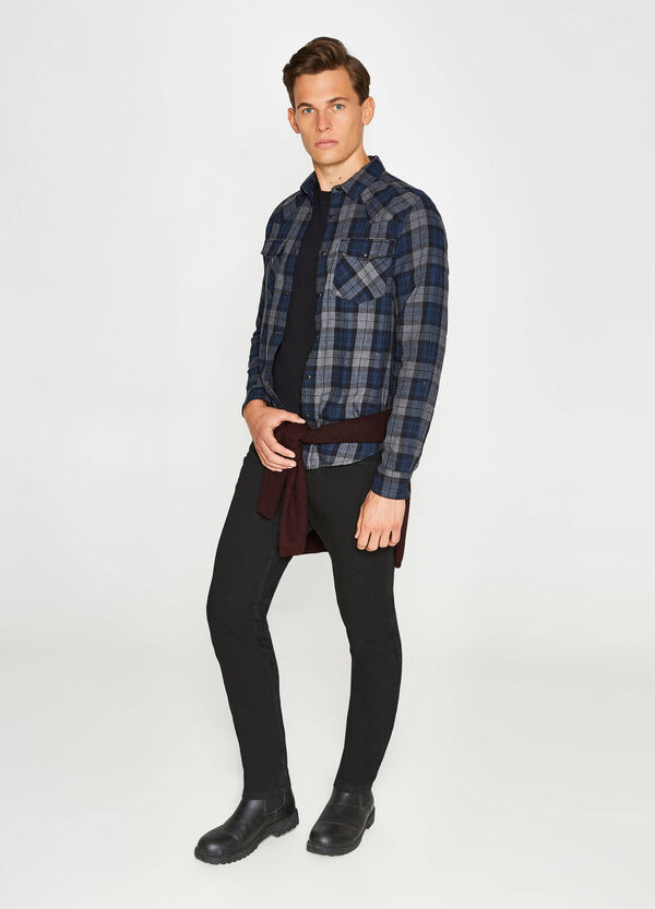 Casual shirt in cotton with tartan pattern