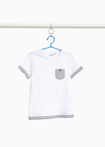 100% cotton T-shirt with striped edging