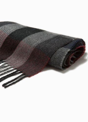 Two-tone scarf with check patterned