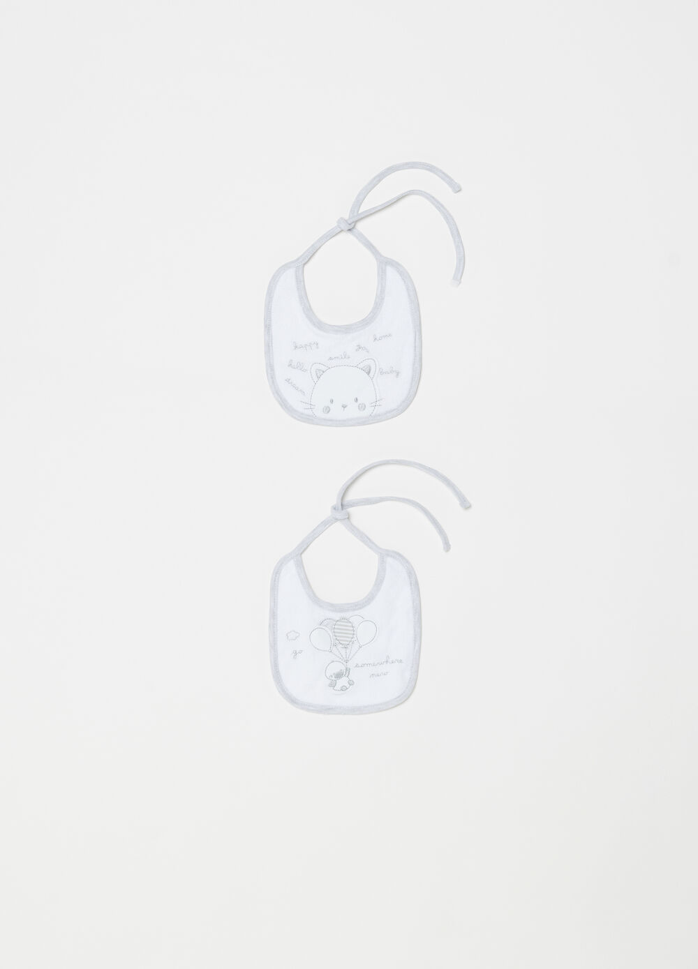 Two-pack BCI bibs with contrasting trim