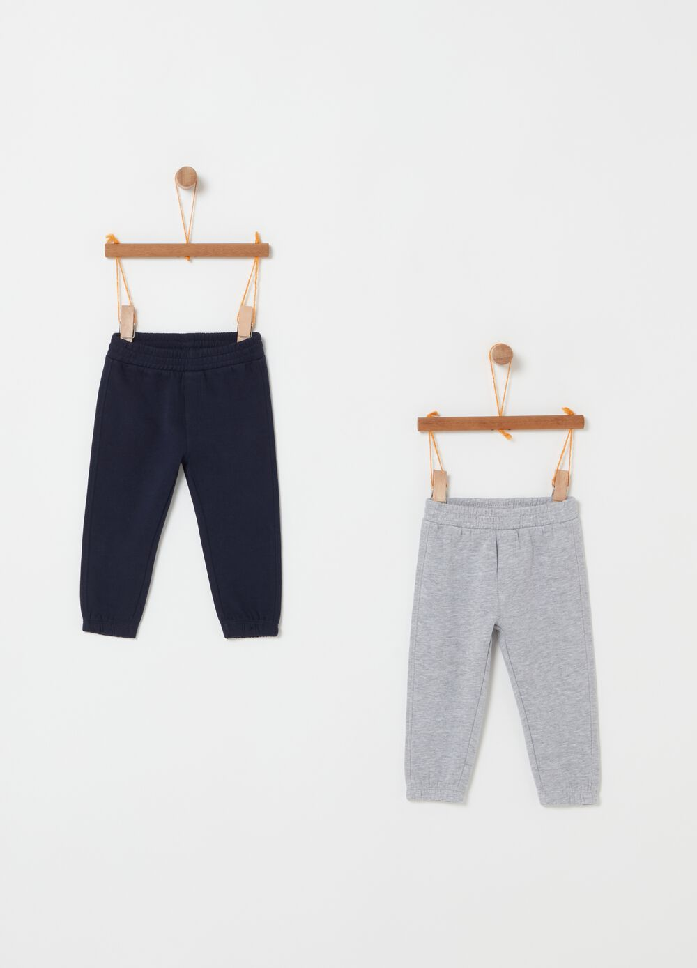 Two-tone trousers with elastic waistband