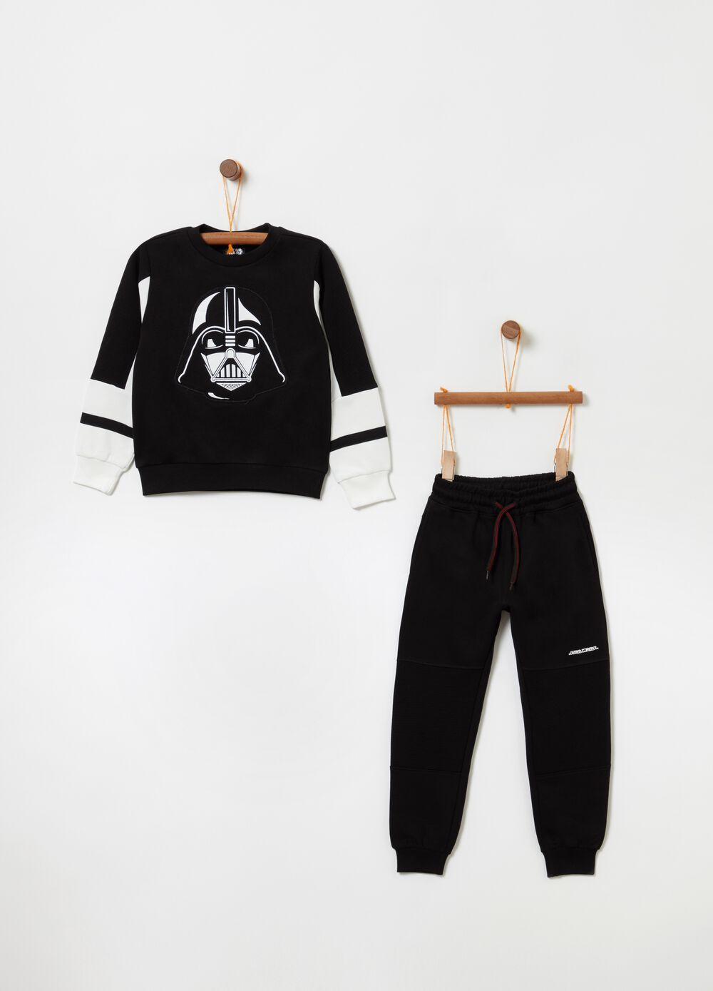 Star Wars top and trousers jogging set