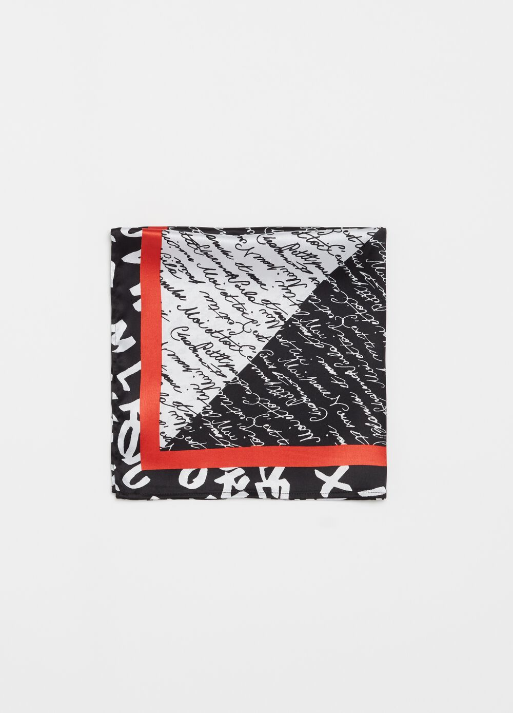 Foulard with lettering print