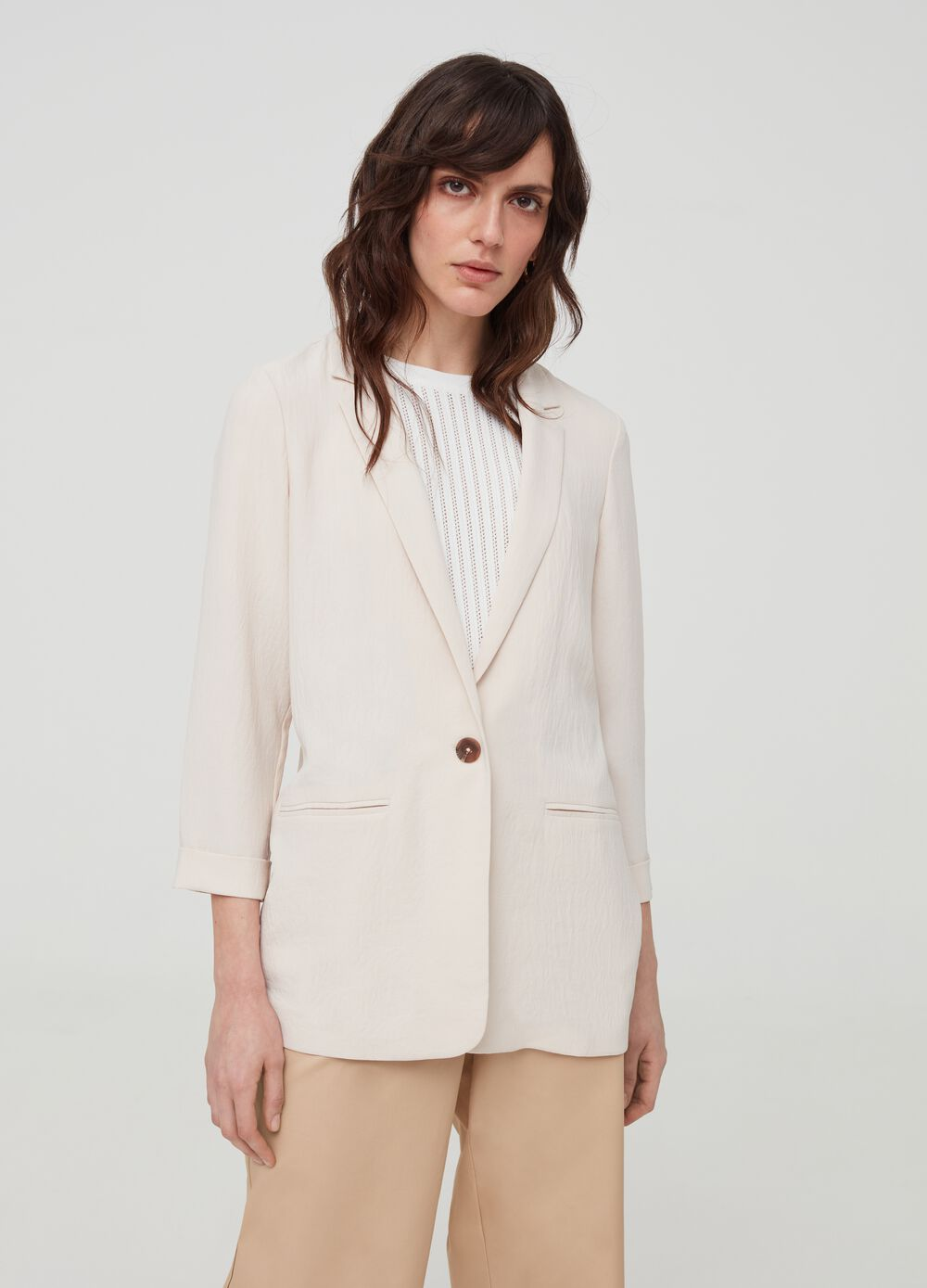 Blazer with lapels and pockets