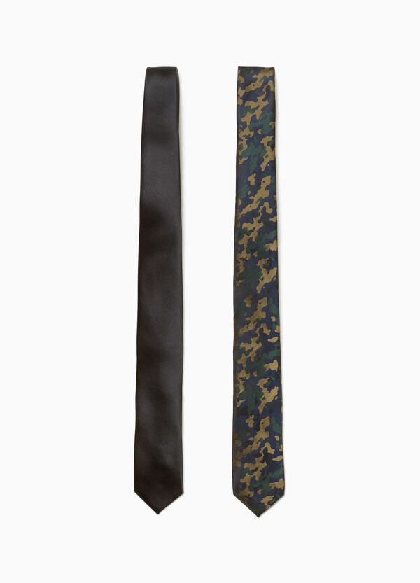 Two-pack camouflage ties