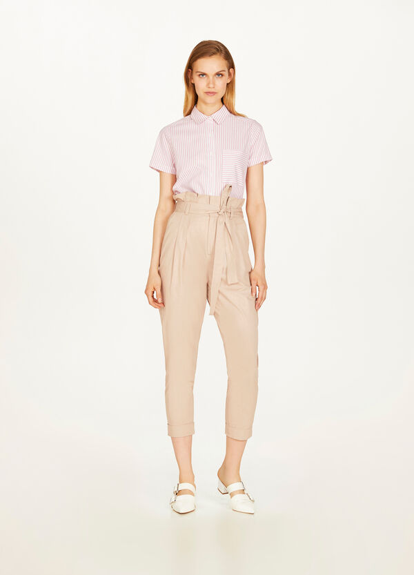 High-waisted trousers with pleating