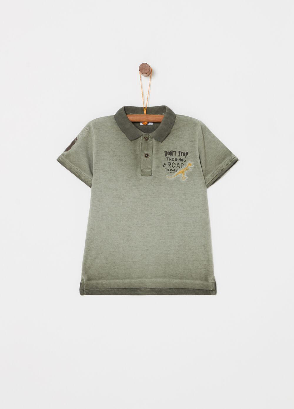 Vintage-effect polo shirt with embroidery and print