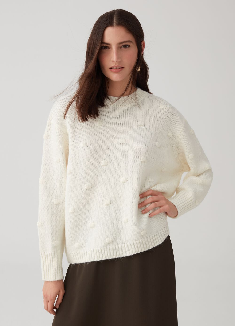 Solid colour pullover with noisette design