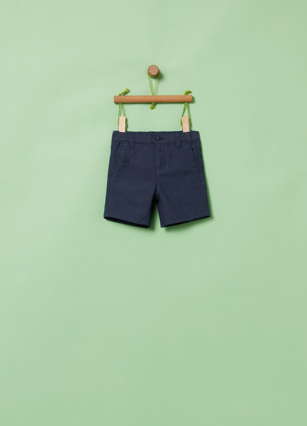 Patterned shorts in stretch organic cotton