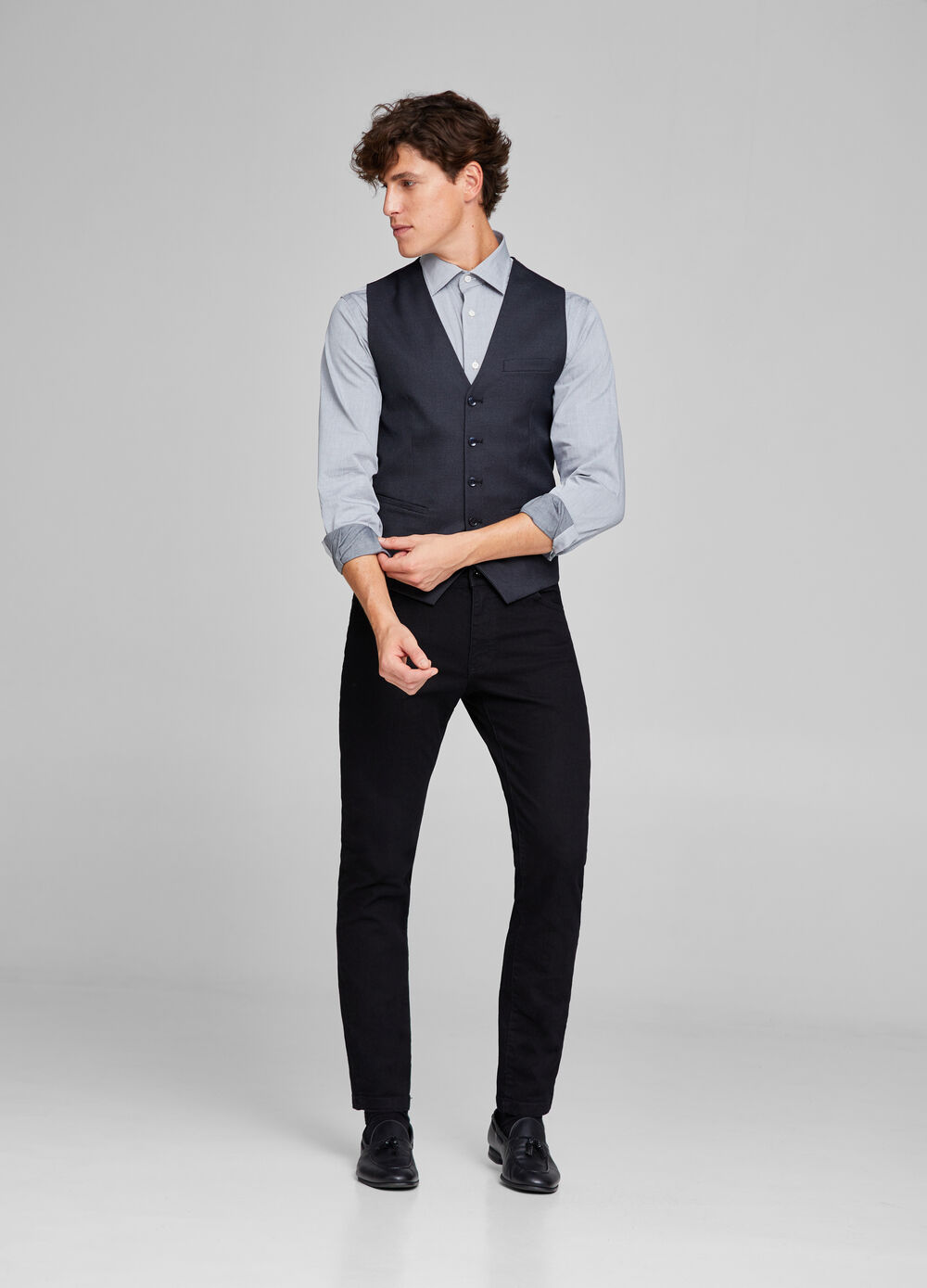 Five-button waistcoat with welt pockets