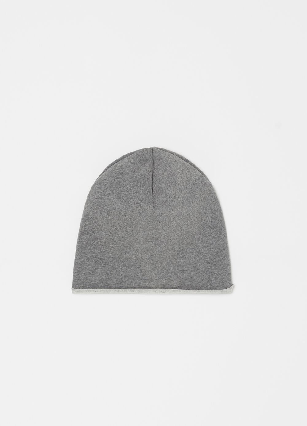 Stretch hat with soft edge