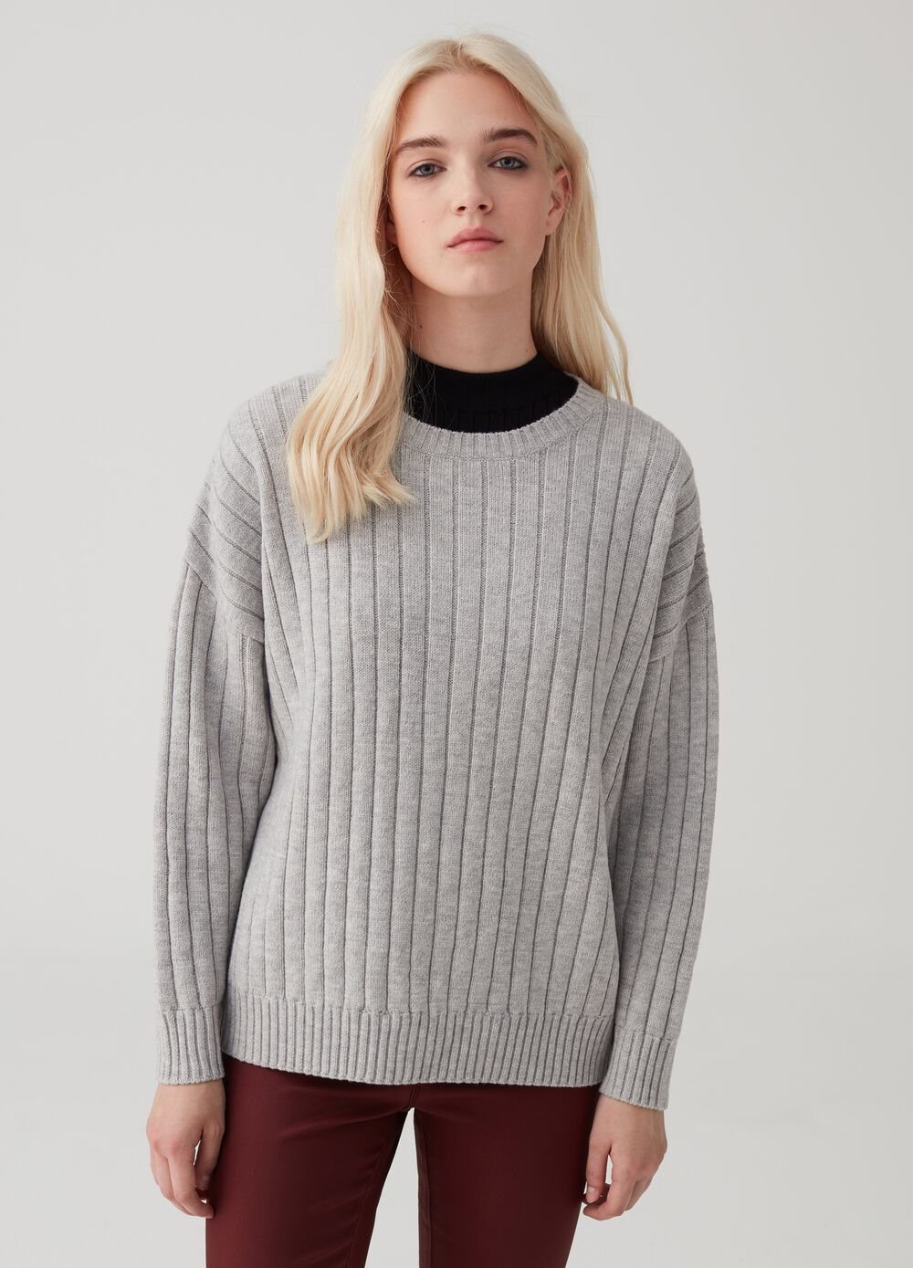 Chunky ribbed knit pullover