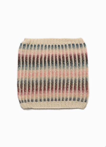 Degradé neck warmer with striped pattern
