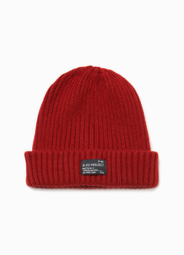 Knitted beanie cap with patches