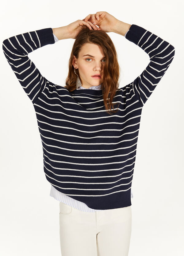 Striped ribbed pullover